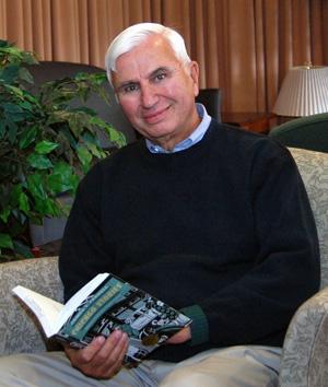 Emeritus Professor Cullom Davis